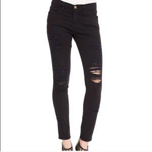 FrAme Le color black ripped skinny jeAns